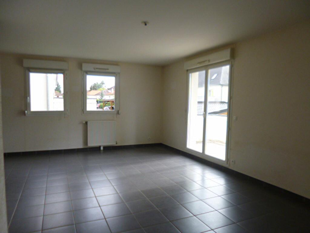 Appartement à louer 4 85m2 à Dijon vignette-3