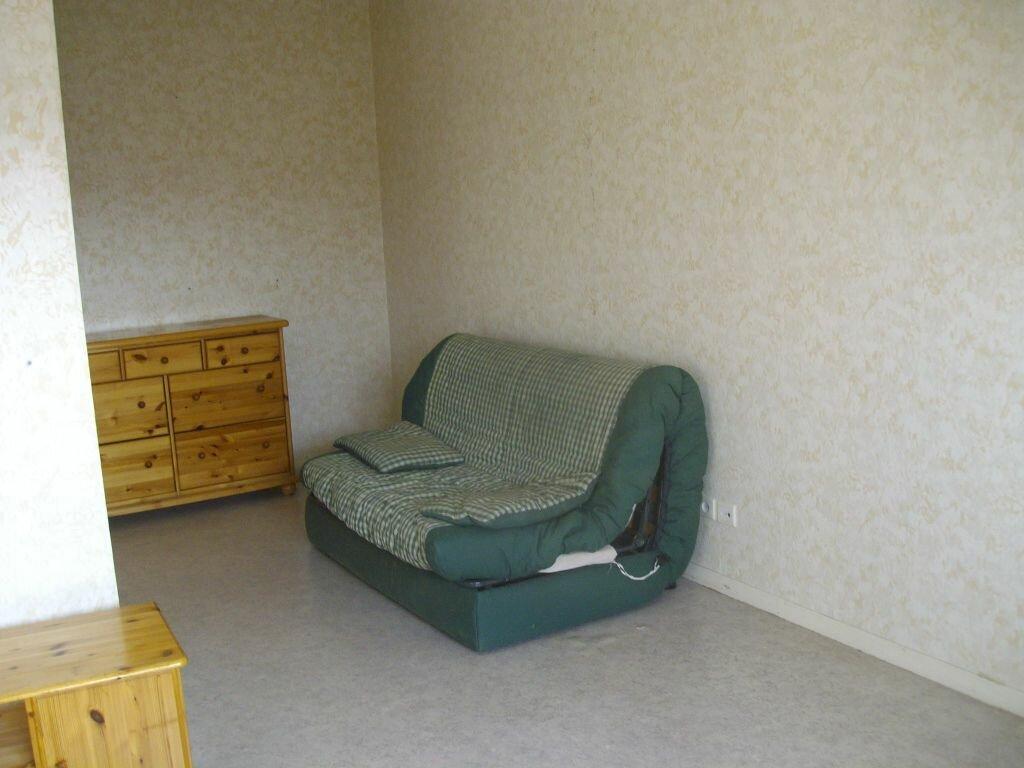 Appartement à louer 1 31m2 à Dijon vignette-4