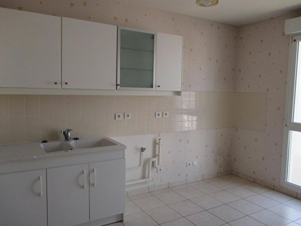 Appartement à louer 2 49m2 à Dijon vignette-2