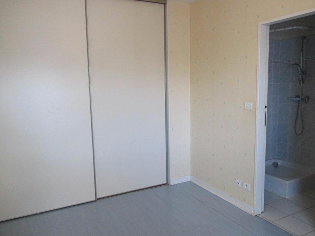 Appartement à louer 2 49m2 à Dijon vignette-3