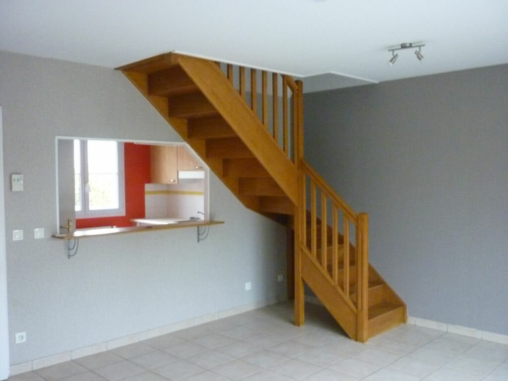 Maison à louer 5 66m2 à Beaune vignette-3