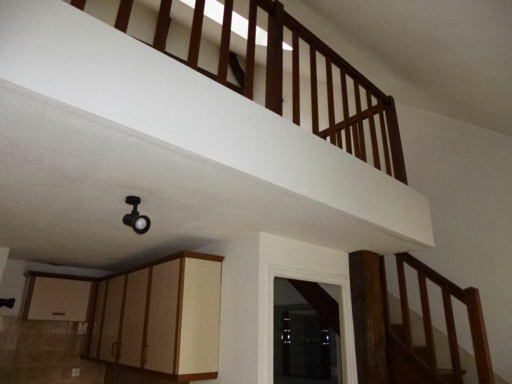 Appartement à louer 1 21.4m2 à Dijon vignette-1