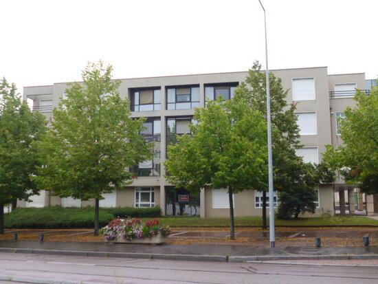 Appartement à louer 1 20m2 à Dijon vignette-1