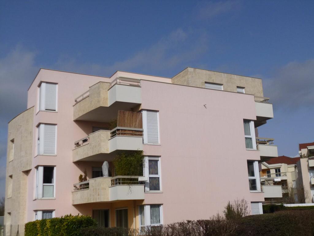 Appartement à louer 6 130m2 à Dijon vignette-1