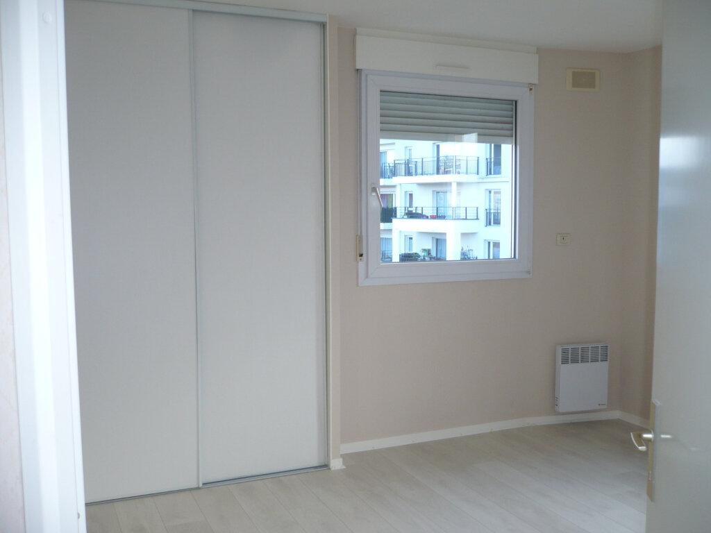 Appartement à louer 6 130m2 à Dijon vignette-8