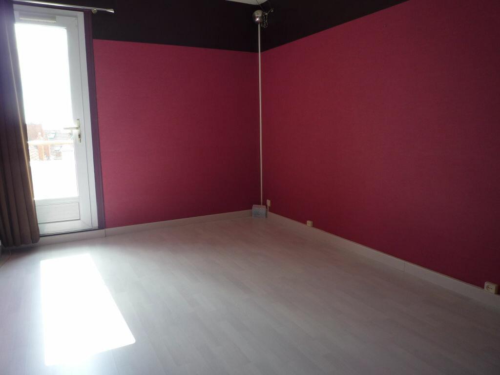 Appartement à louer 4 62.01m2 à Dijon vignette-3