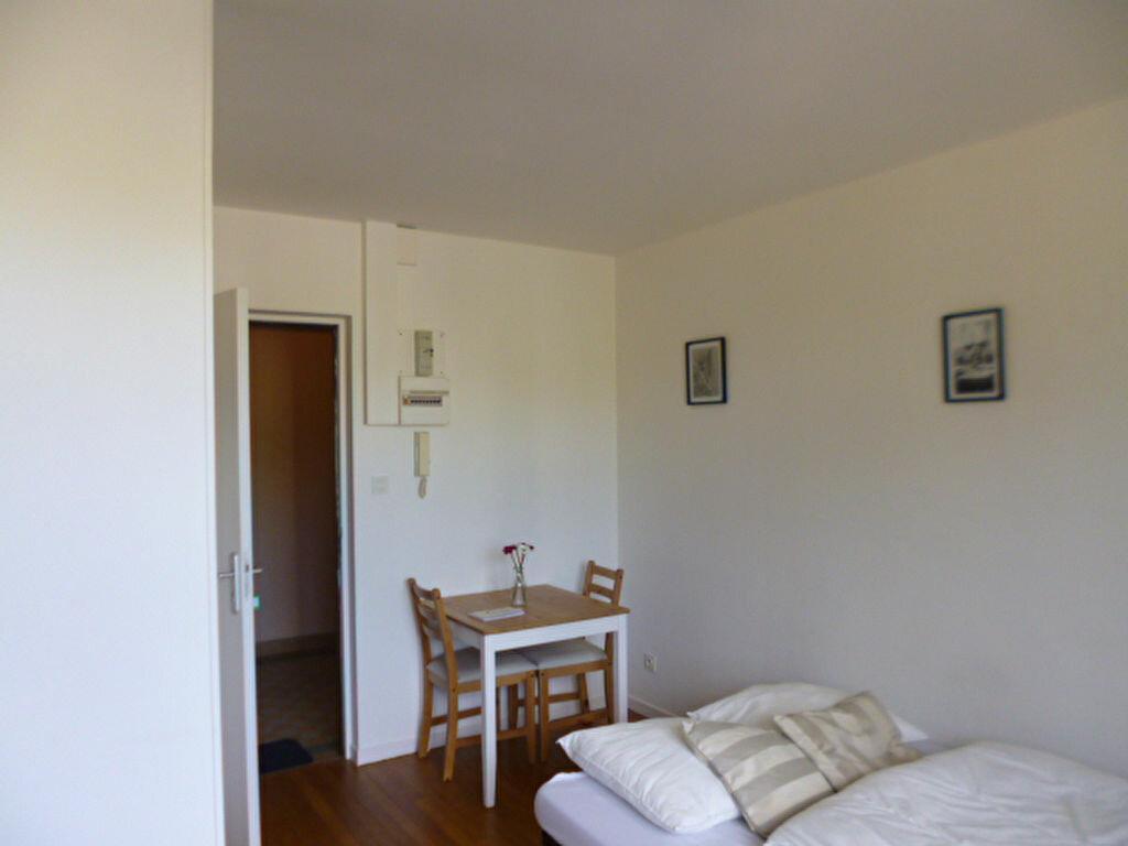 Appartement à louer 1 18.9m2 à Dijon vignette-2