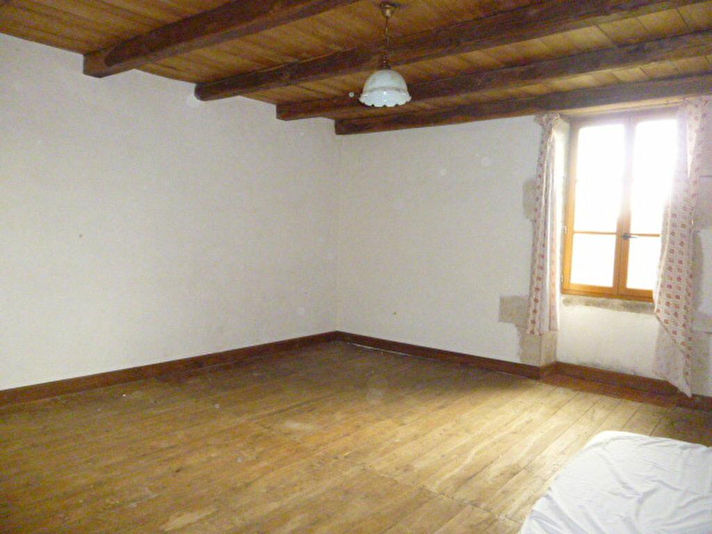 Maison à vendre 4 100m2 à Chambain vignette-3