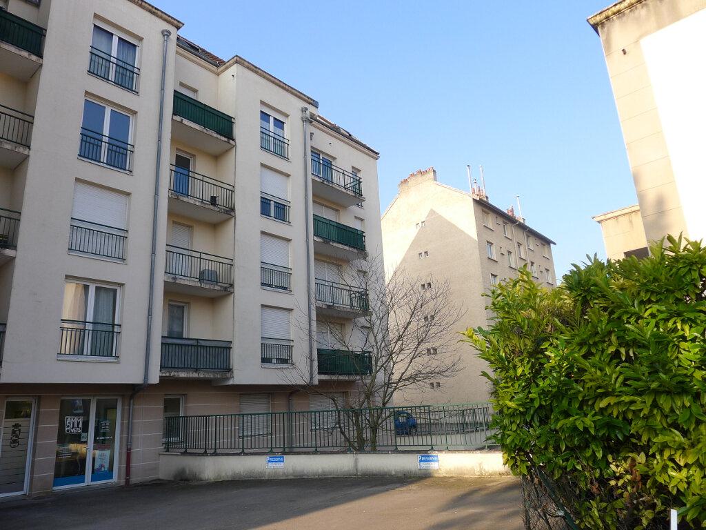 Appartement à louer 2 50.88m2 à Dijon vignette-5