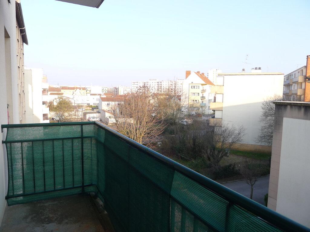 Appartement à louer 2 50.88m2 à Dijon vignette-11