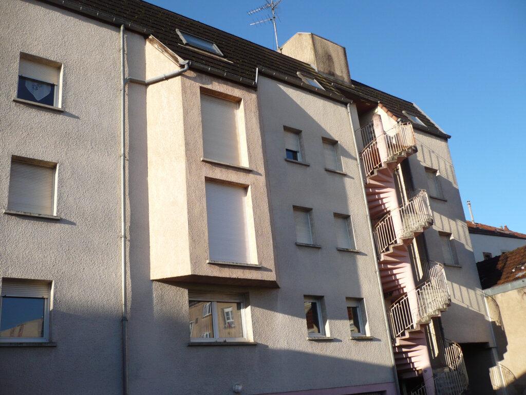 Appartement à louer 1 26m2 à Dijon vignette-1