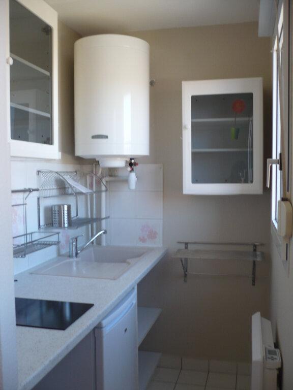 Appartement à louer 1 26m2 à Dijon vignette-2