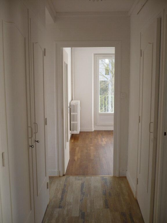 Appartement à louer 4 64.69m2 à Dijon vignette-6
