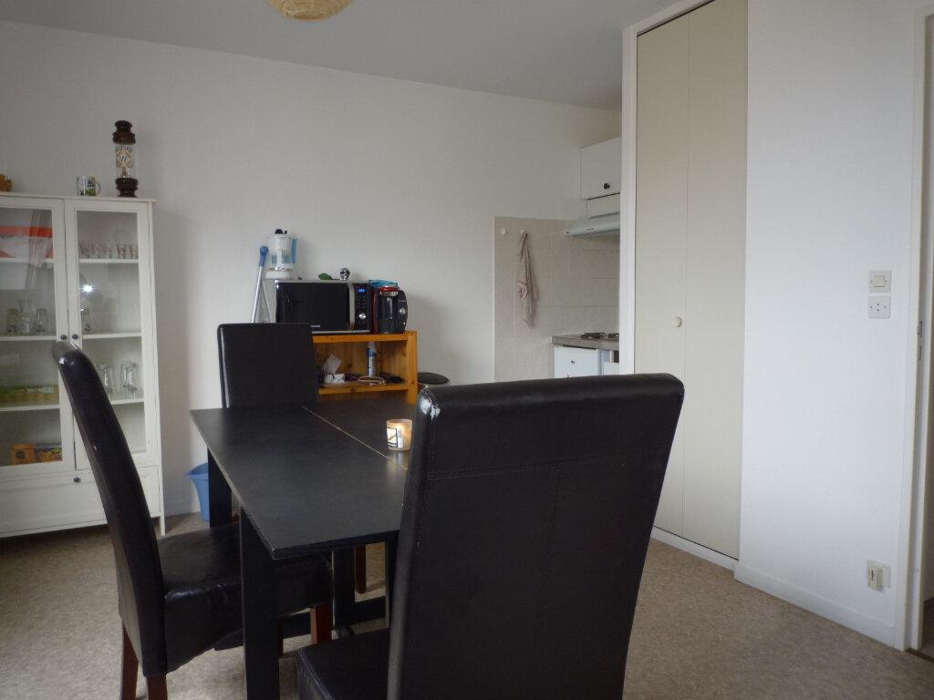 Appartement à vendre 2 31m2 à Dijon vignette-4