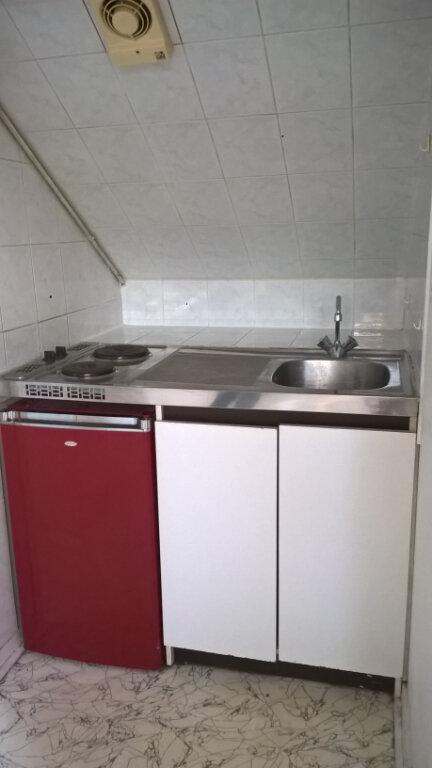 Appartement à louer 1 13.85m2 à Dijon vignette-5