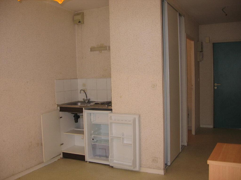 Appartement à louer 1 20m2 à Dijon vignette-6