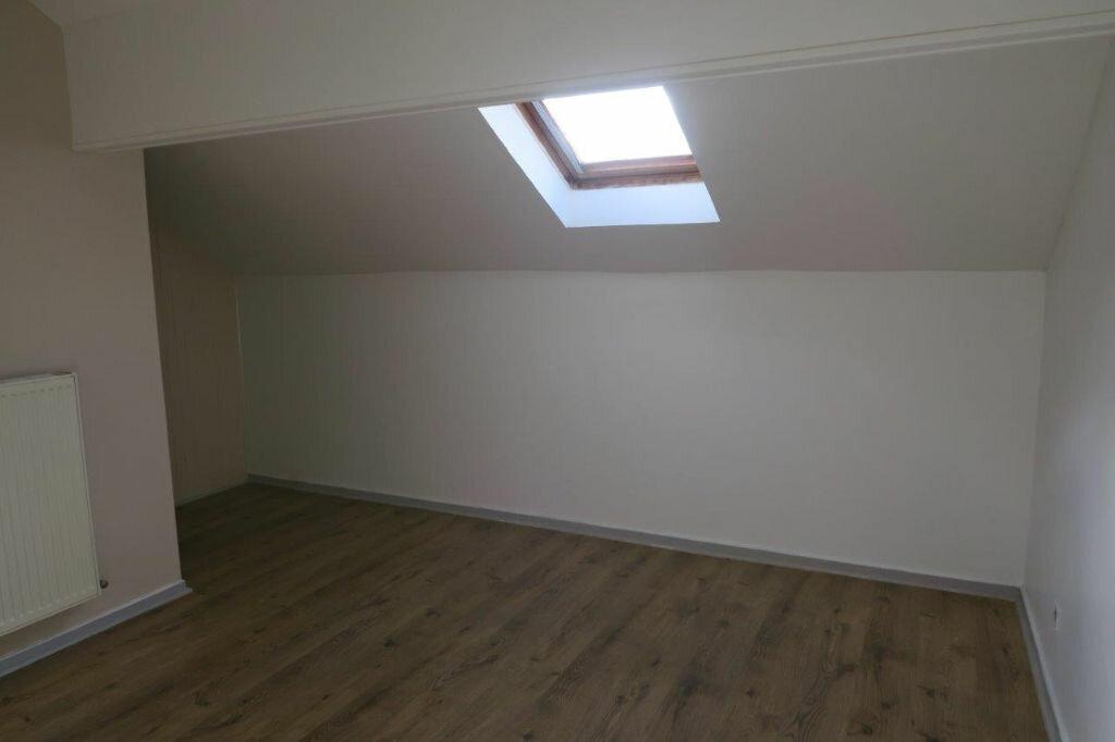 Appartement à louer 2 42m2 à Montrevel-en-Bresse vignette-1
