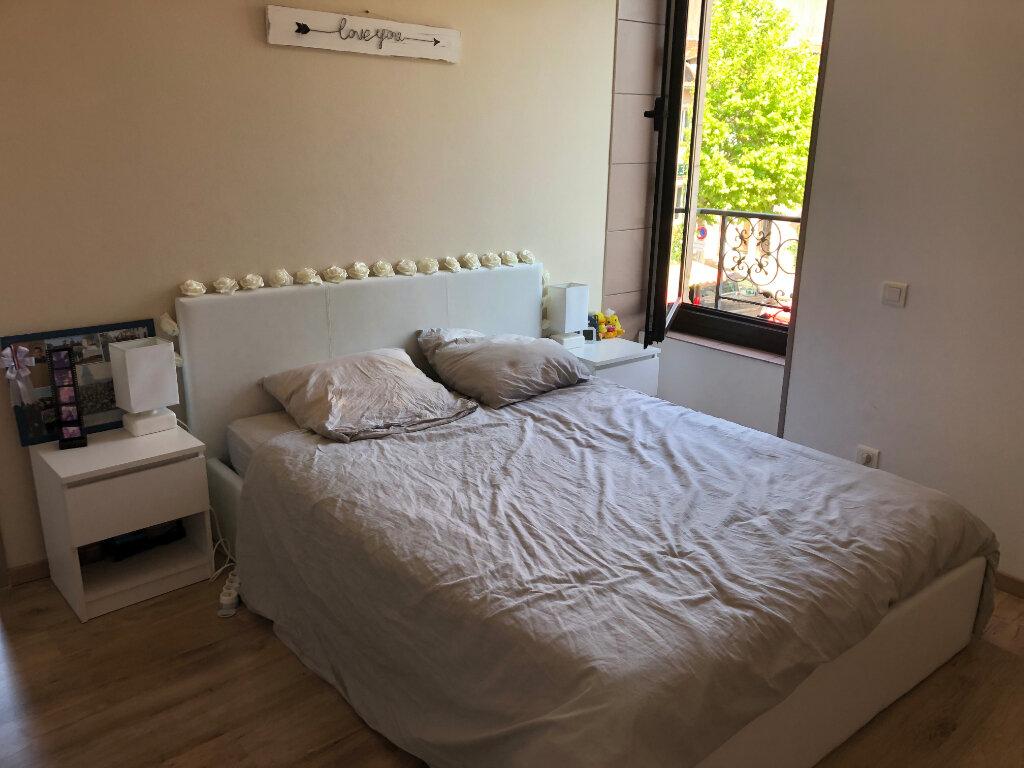 Appartement à louer 3 55m2 à Montrevel-en-Bresse vignette-4