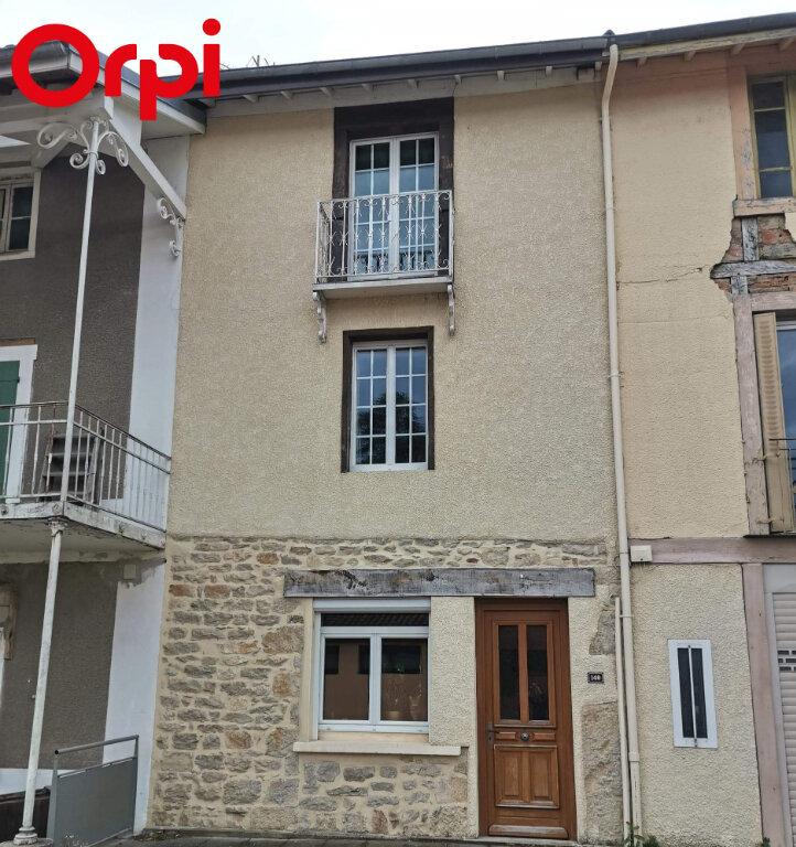 Maison à vendre 5 120m2 à Saint-Julien-sur-Reyssouze vignette-1