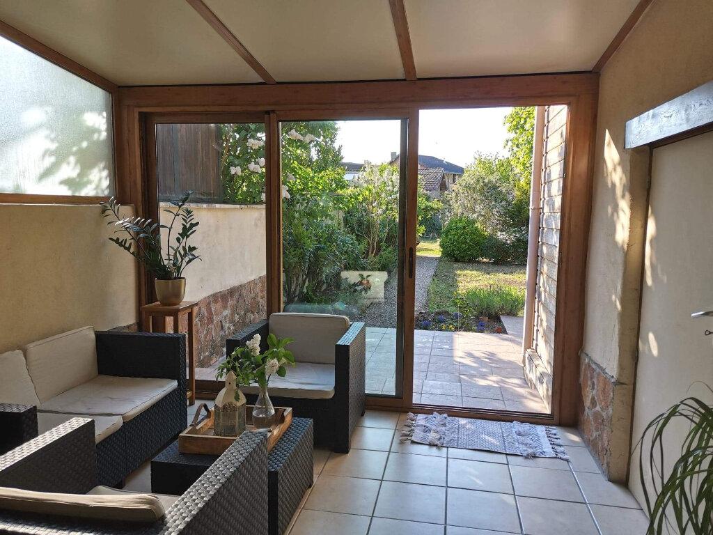 Maison à vendre 5 120m2 à Saint-Julien-sur-Reyssouze vignette-3
