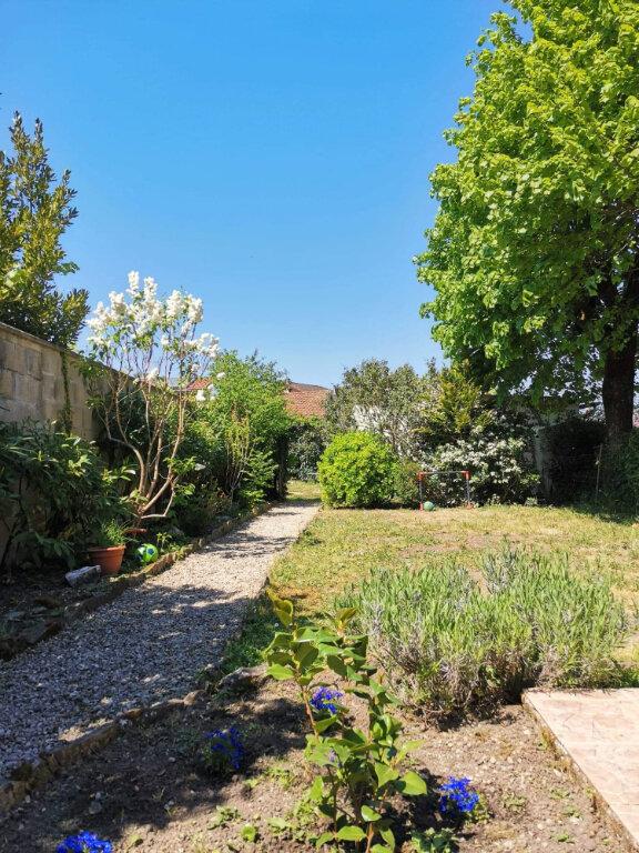 Maison à vendre 5 120m2 à Saint-Julien-sur-Reyssouze vignette-4