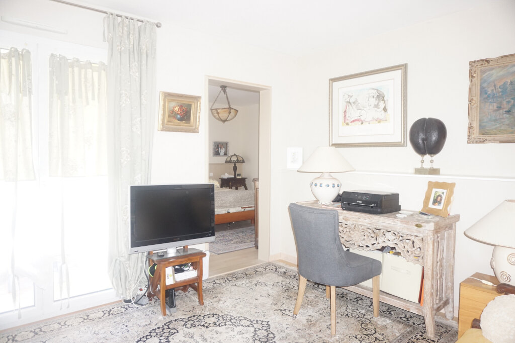 Maison à vendre 8 218m2 à Malafretaz vignette-5
