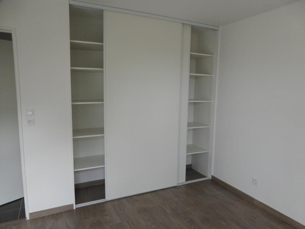 Appartement à vendre 4 75.48m2 à Montrevel-en-Bresse vignette-4