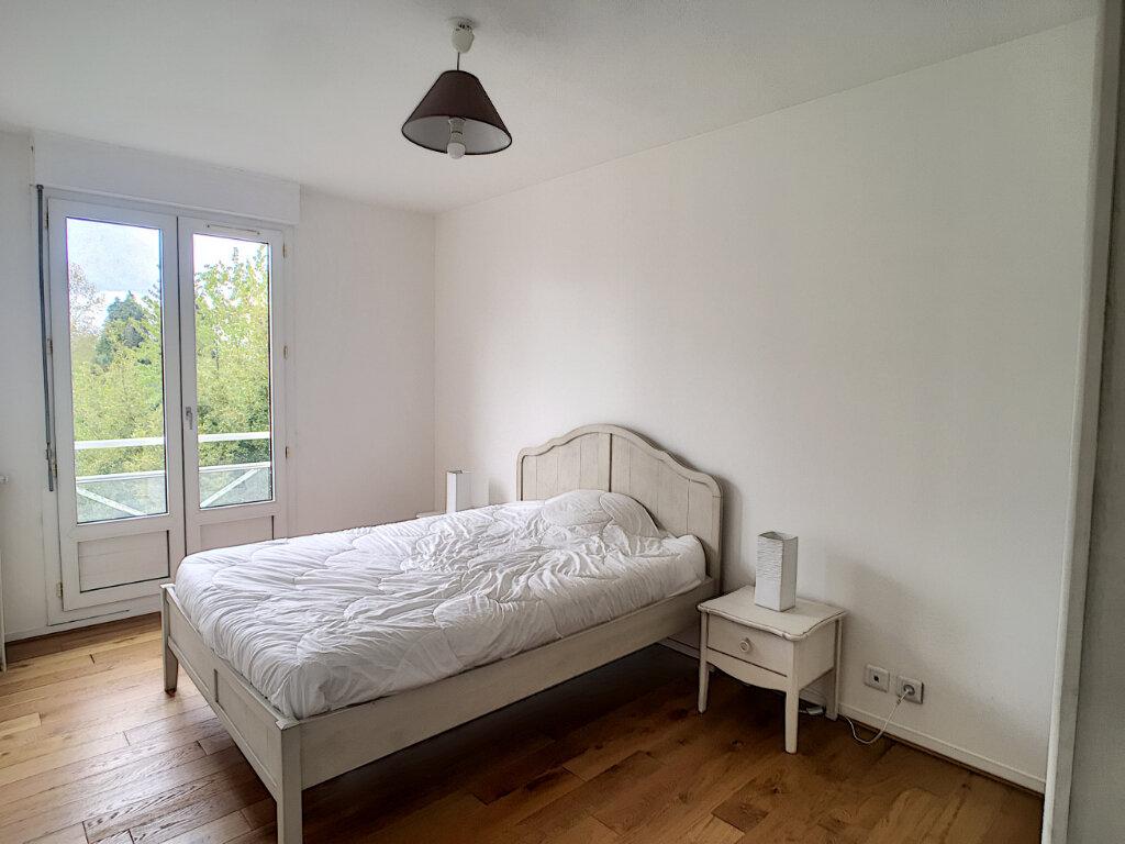 Appartement à vendre 3 70.65m2 à Pau vignette-2