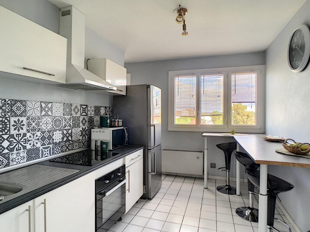 Appartement à vendre 3 67m2 à Pau vignette-1