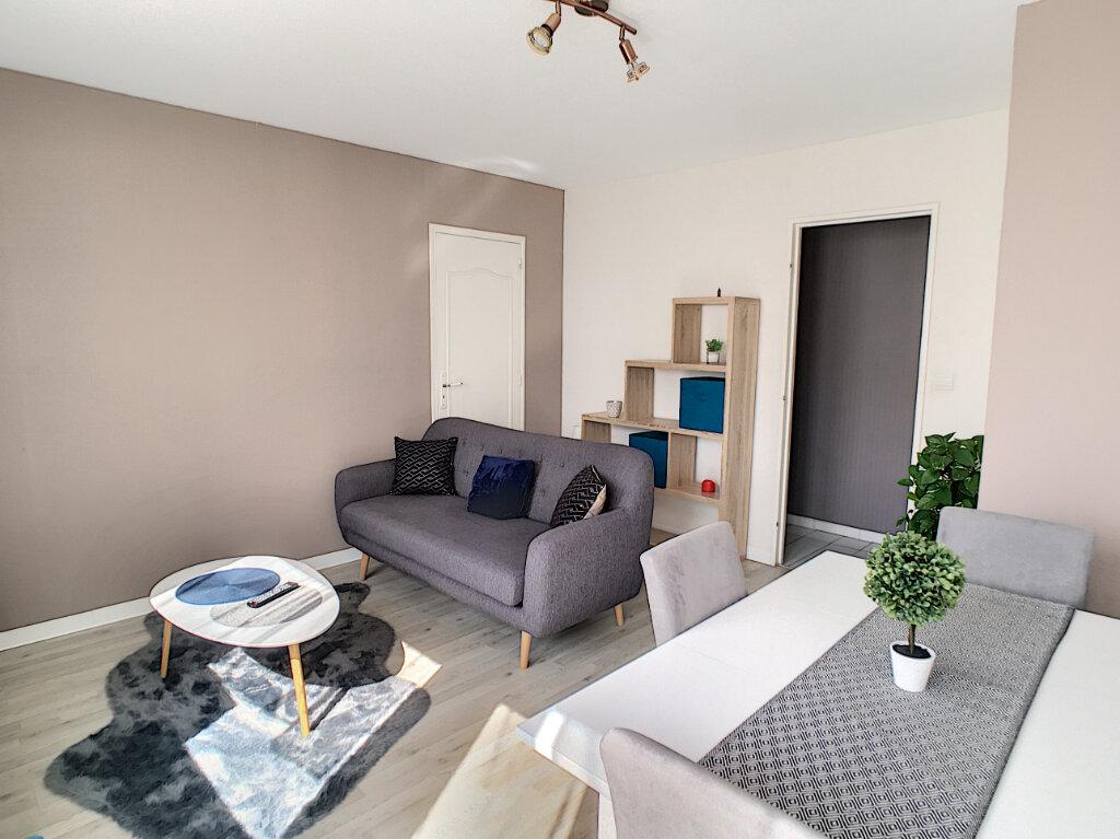 Appartement à vendre 3 67m2 à Pau vignette-2