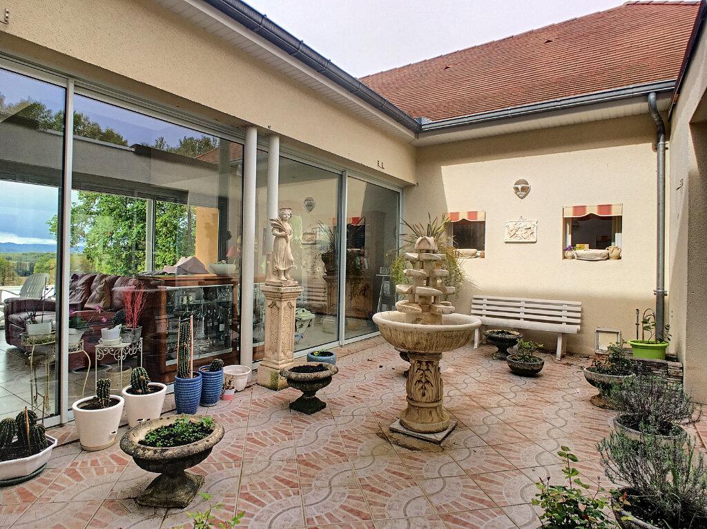 Maison à vendre 6 280m2 à Buros vignette-6
