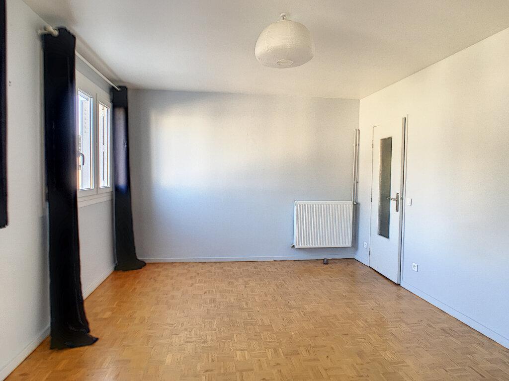 Appartement à vendre 4 68m2 à Pau vignette-2