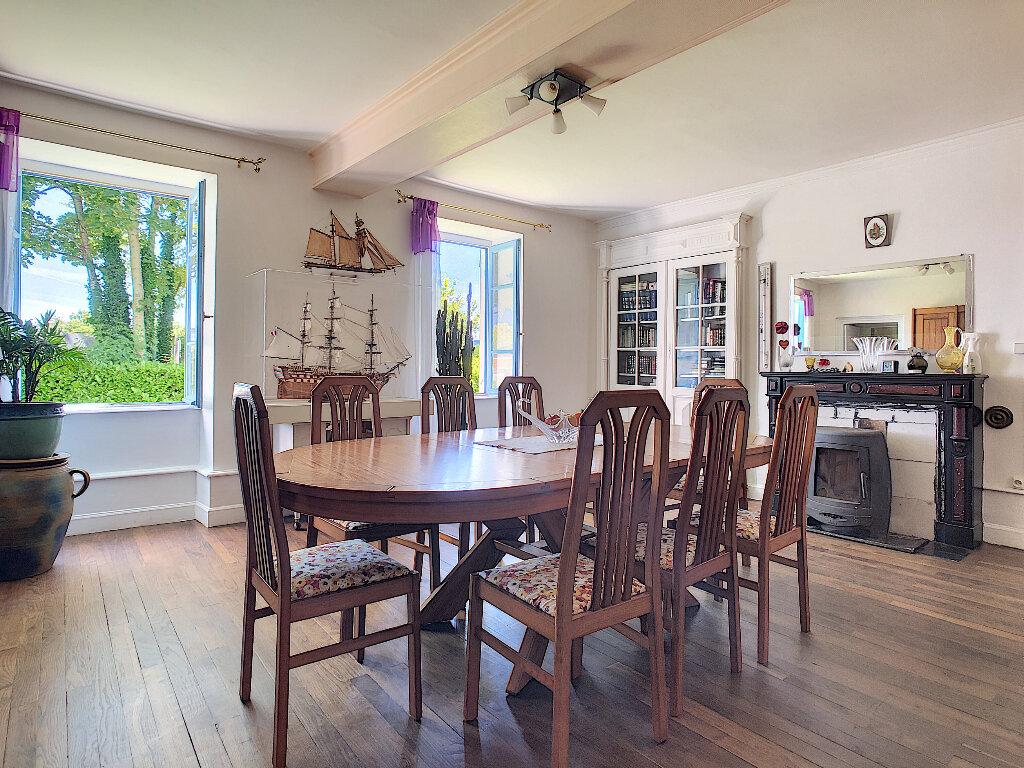 Maison à vendre 11 250.1m2 à Pionsat vignette-14