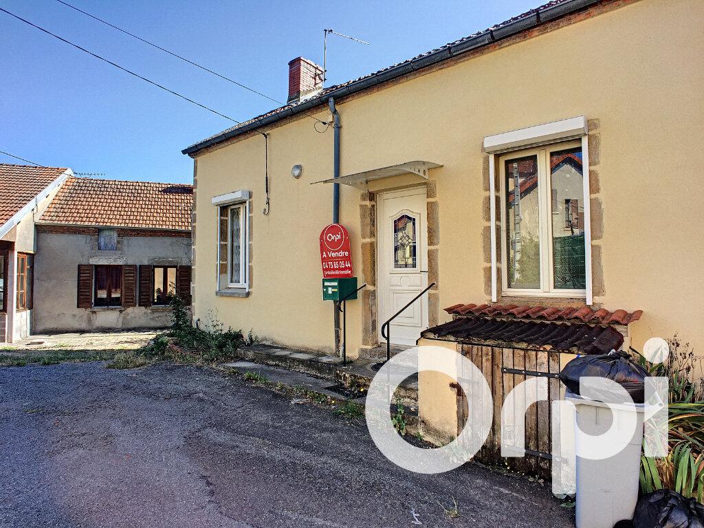 Maison à vendre 3 80m2 à Saint-Éloy-les-Mines vignette-1