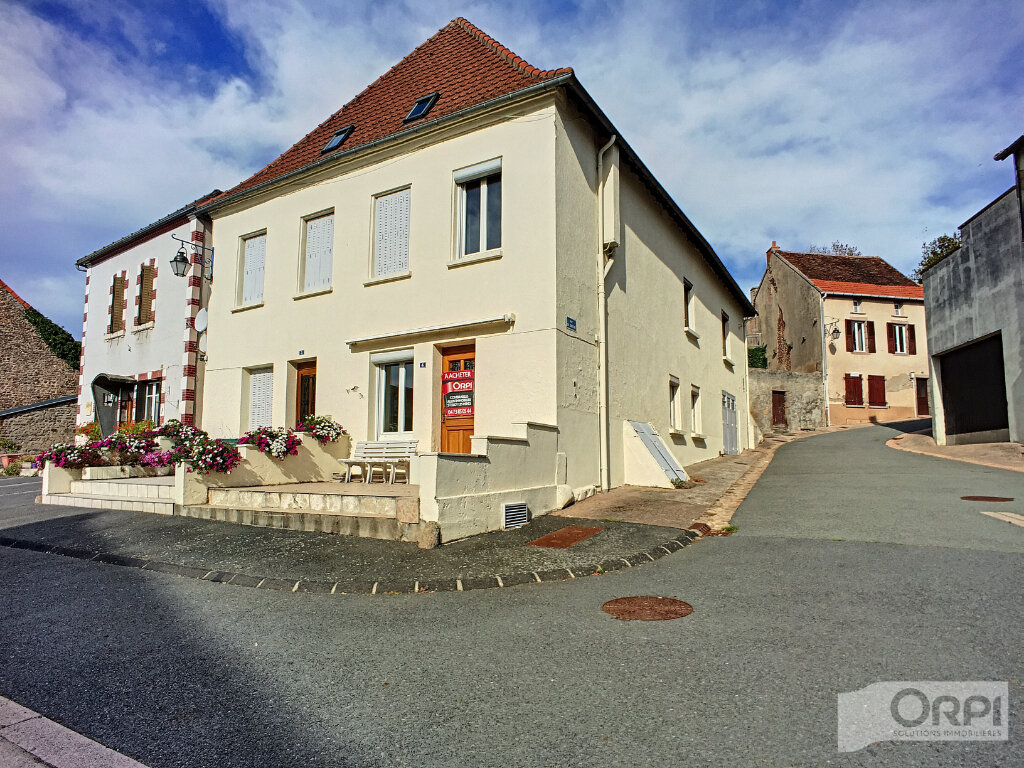 Maison à vendre 4 72m2 à Montaigut vignette-1
