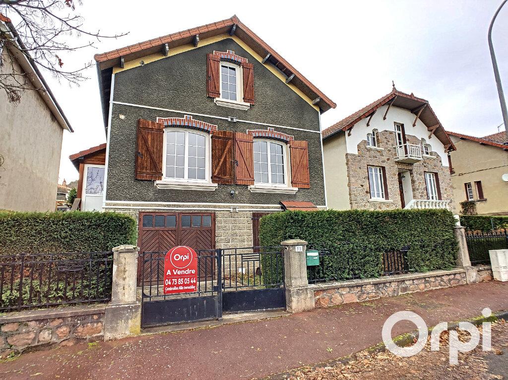 Maison à vendre 4 102m2 à Saint-Éloy-les-Mines vignette-1