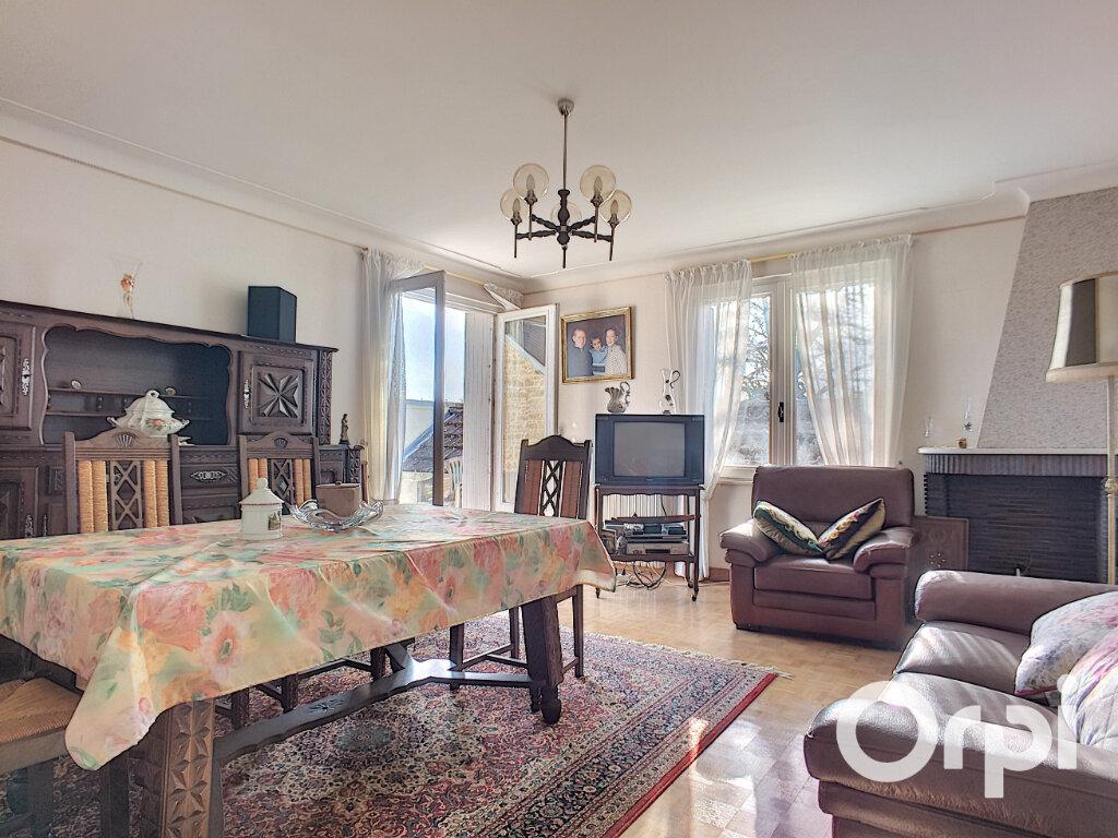 Maison à vendre 4 100m2 à Saint-Priest-des-Champs vignette-3