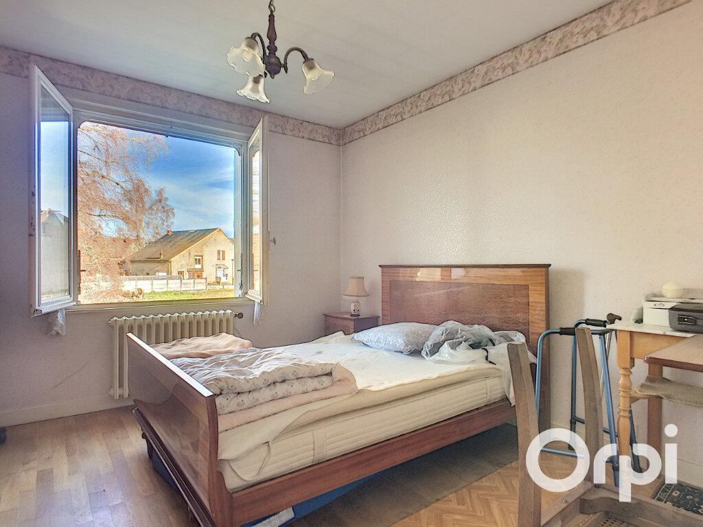 Maison à vendre 4 100m2 à Saint-Priest-des-Champs vignette-4