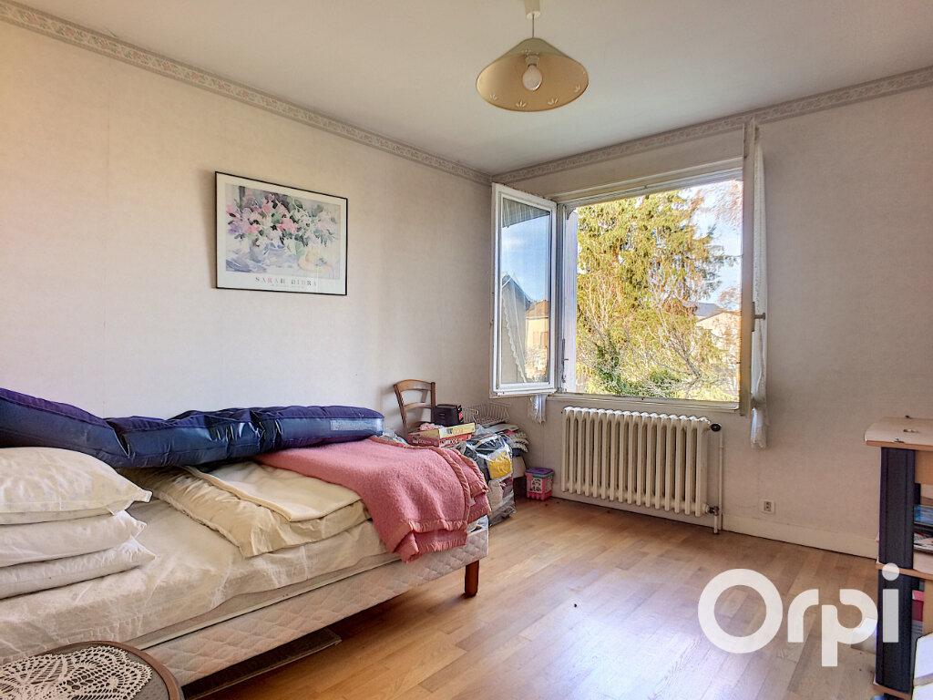 Maison à vendre 4 100m2 à Saint-Priest-des-Champs vignette-5