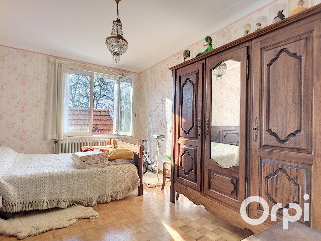 Maison à vendre 4 100m2 à Saint-Priest-des-Champs vignette-6