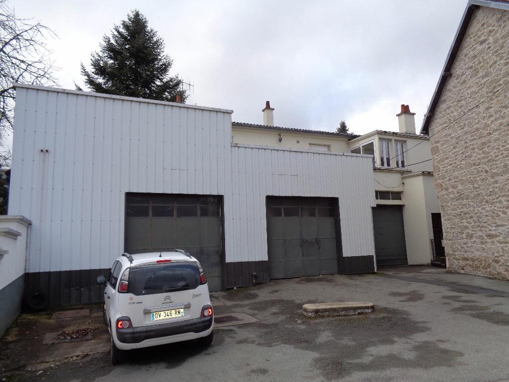 Maison à vendre 4 100m2 à Saint-Priest-des-Champs vignette-8