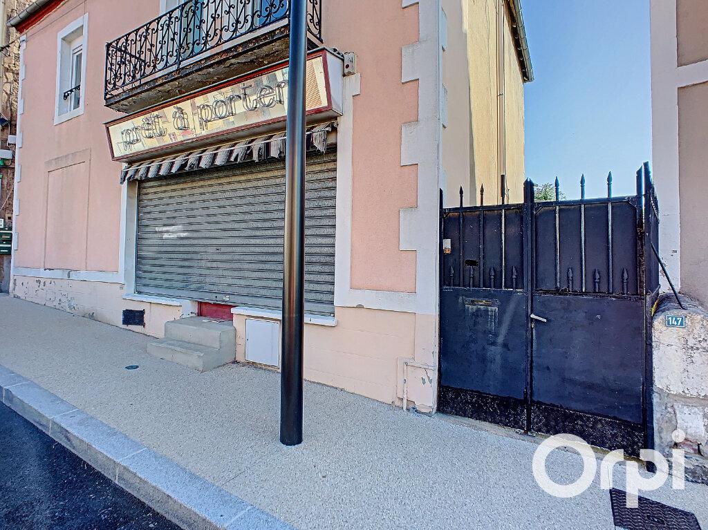 Maison à vendre 4 116.4m2 à Saint-Éloy-les-Mines vignette-12