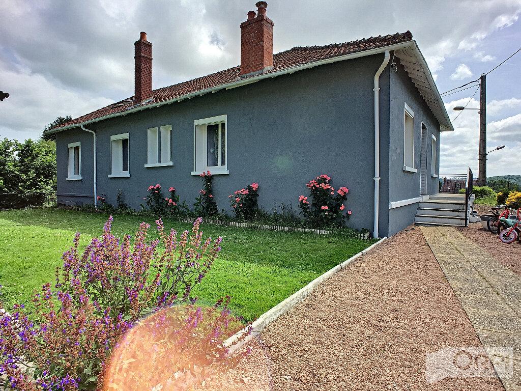 Maison à vendre 7 150m2 à Saint-Éloy-les-Mines vignette-2