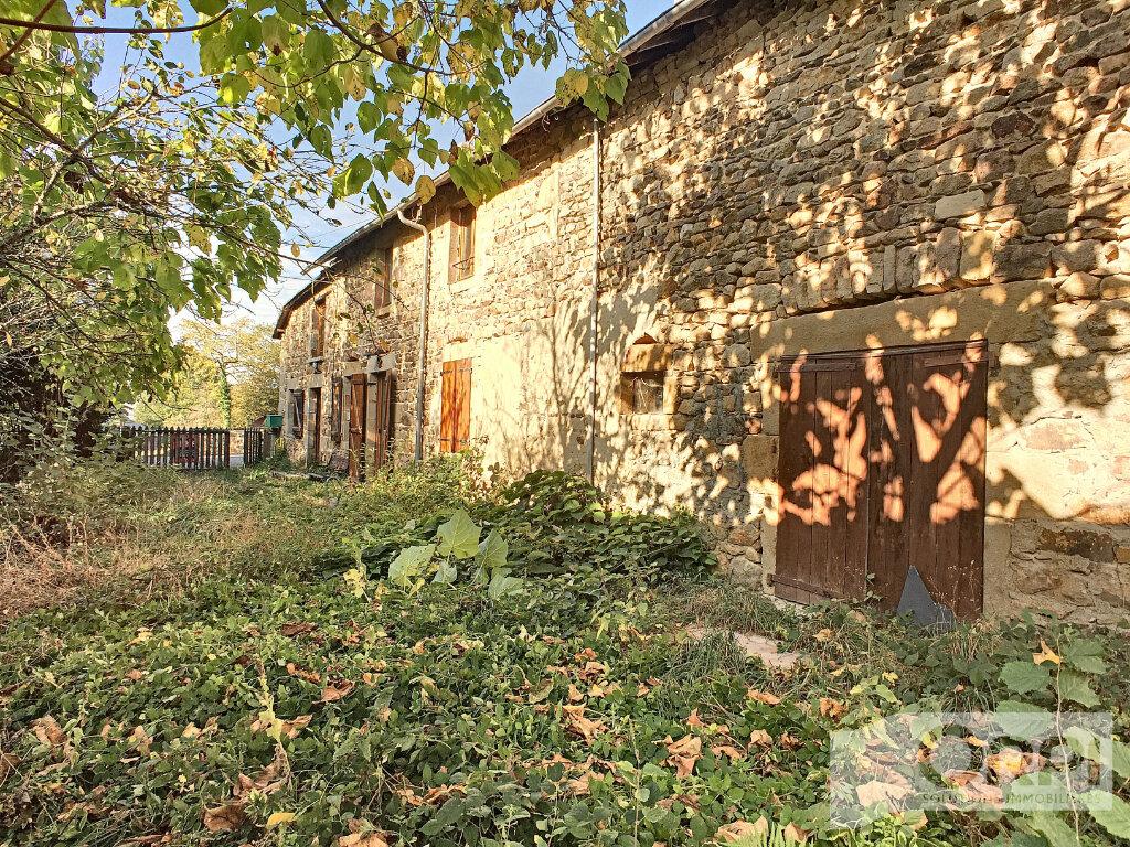 Maison à vendre 6 105m2 à Gouttières vignette-7