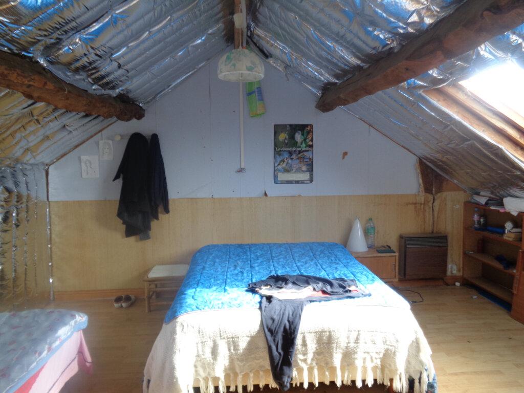 Maison à vendre 6 105m2 à Gouttières vignette-9