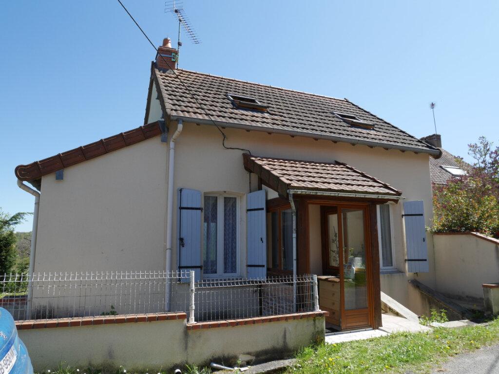 Maison à vendre 2 55m2 à Saint-Éloy-les-Mines vignette-1