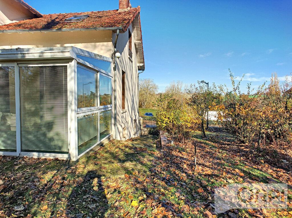 Maison à vendre 6 121.7m2 à Lapeyrouse vignette-14