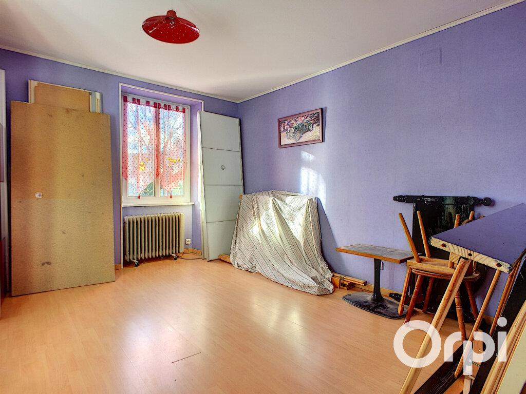 Maison à vendre 6 150m2 à Saint-Priest-des-Champs vignette-8
