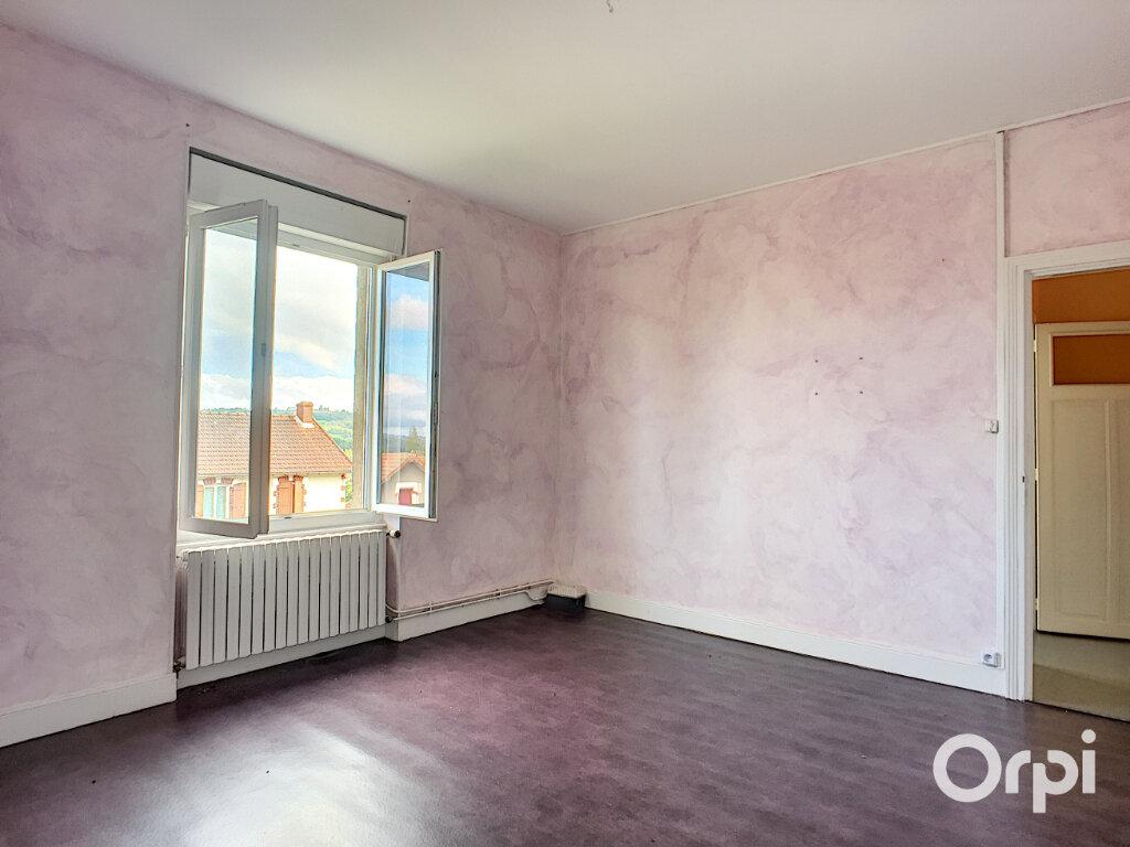 Maison à vendre 7 145m2 à Saint-Éloy-les-Mines vignette-8