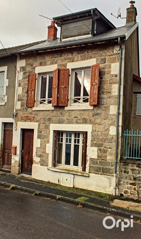 Maison à vendre 4 95m2 à Saint-Gervais-d'Auvergne vignette-1